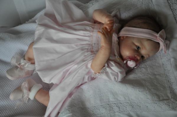 angelique18.jpg